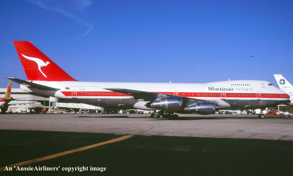 ph mcf martinair holland in the basic livery with qantas tail at los