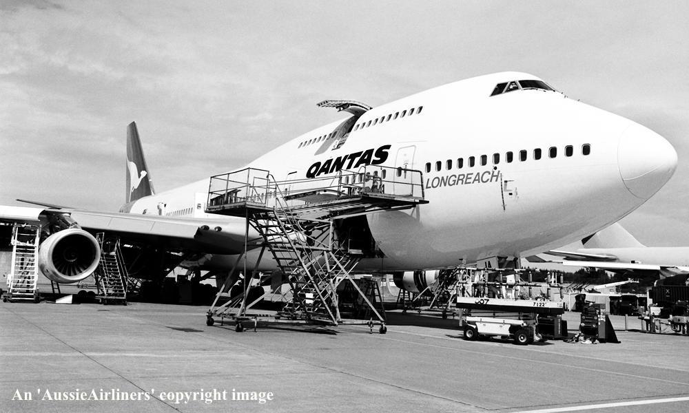 VH-OJA. Qantas The Spirit of Australia - on the flight line at Seattle ...